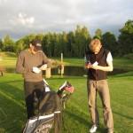 Håkan och Johan funderar över sin score